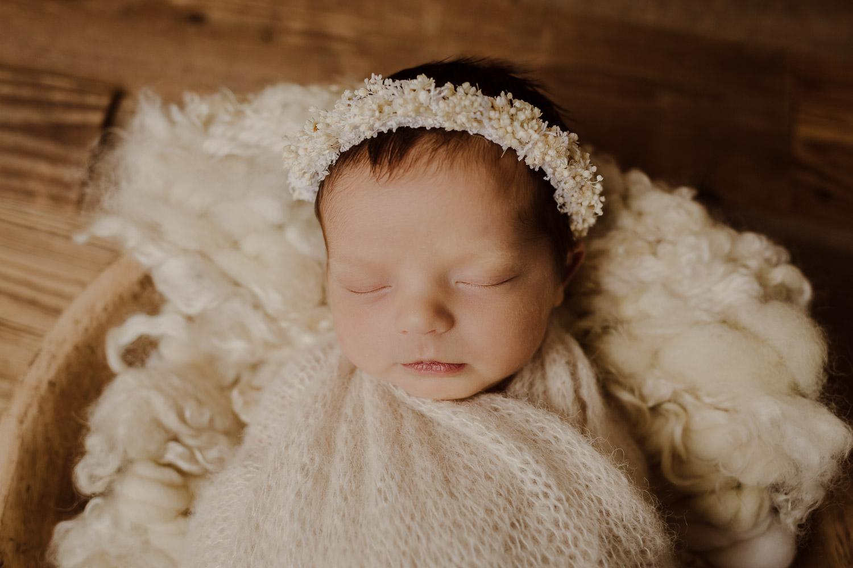 babyfotograf-korneuburg-wien-familienfotograf-neugeborenenfotograf_newbornatelier_005